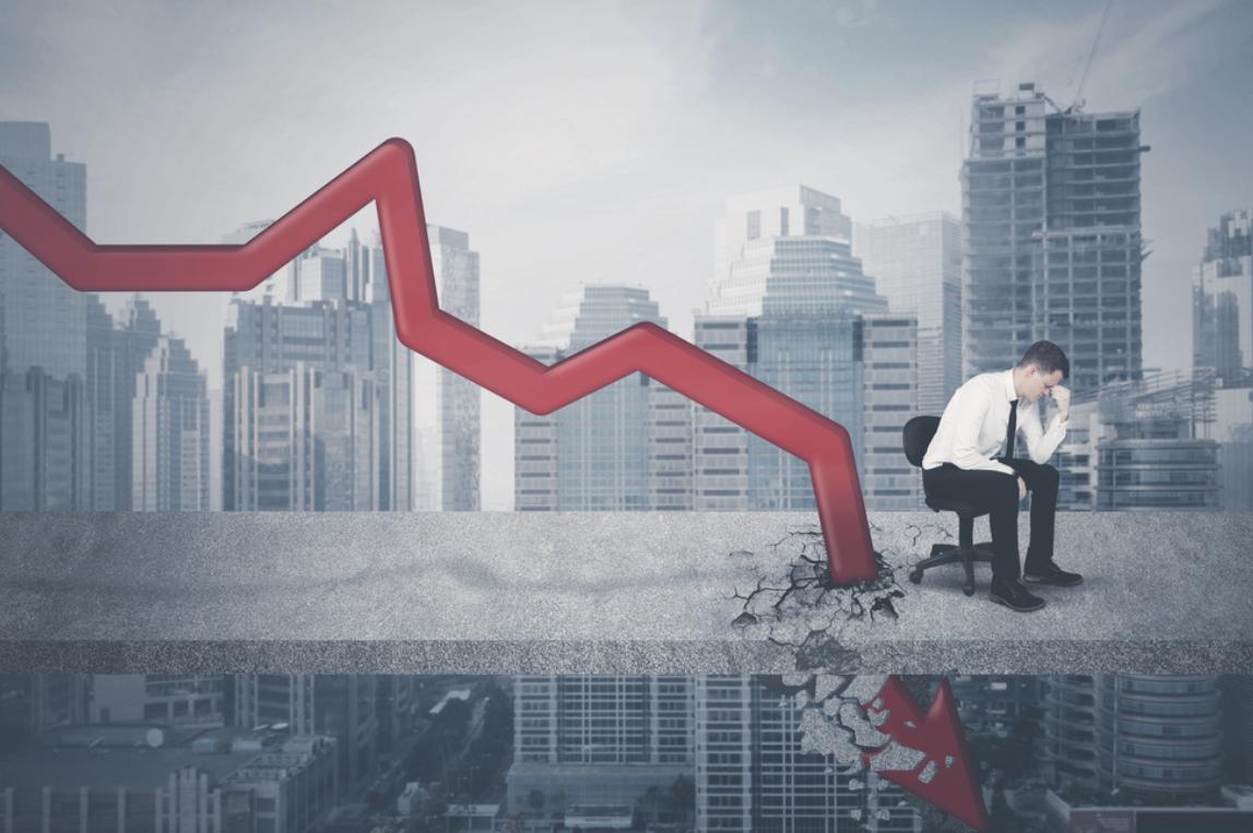 2019年10~12月期のGDPは、6.3%。これってリーマン級の大不況一歩手前です。